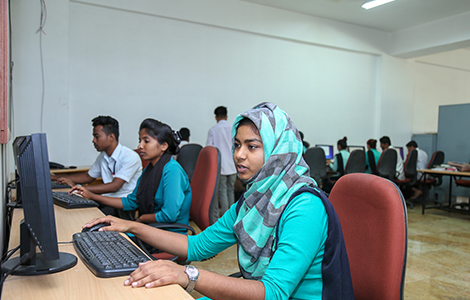 Best School of the nursing Computer lab in North Bangalore